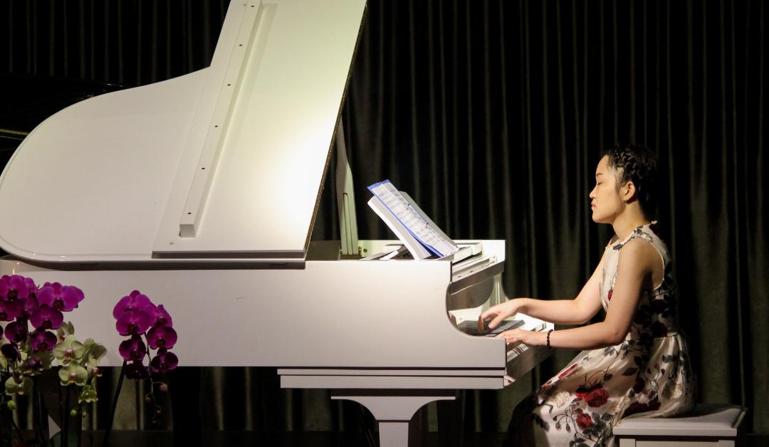 Ile jest na świecie osób, które zajmują się strojeniem fortepianów? – czyli po co są dziwne pytania na rozmowie rekrutacyjnej?